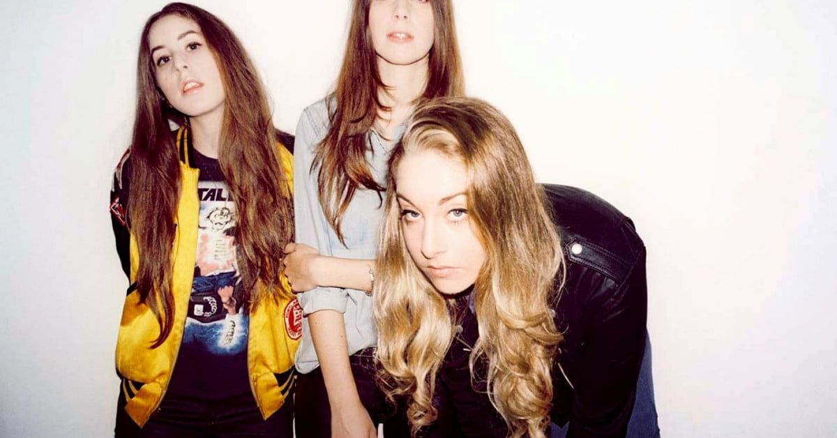 Best new songs to stream: #Haim, #Spoon, #SharonVanEtten, and more -  https:// buff.ly/2y86xl4  &nbsp;   via @digitaltrends<br>http://pic.twitter.com/gVOn2LwRi5