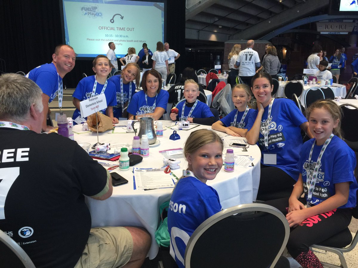 Today we re hanging out at lions fordfield for the mifutp60 rally for school health fuelgreatness milkmeansmore futp60pic twitter com ymold0ncjn