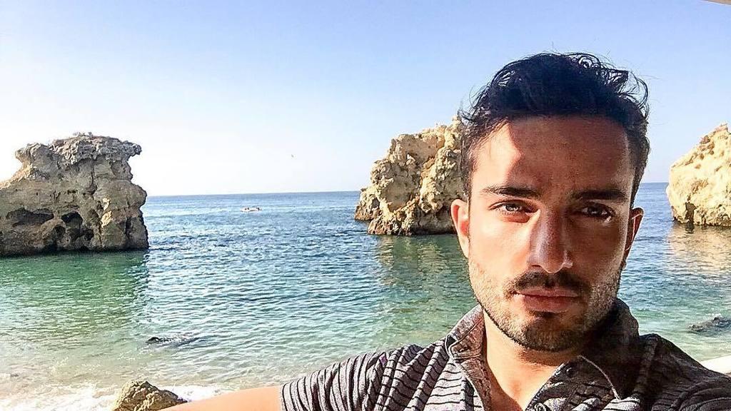 A beach day... is a good day! _ #beach #beachday #sand #praia #diadepraia #ferias #vacations #sunnyday #sol #areia #homem #men #lifestyle #…<br>http://pic.twitter.com/0cSpsCQZ92