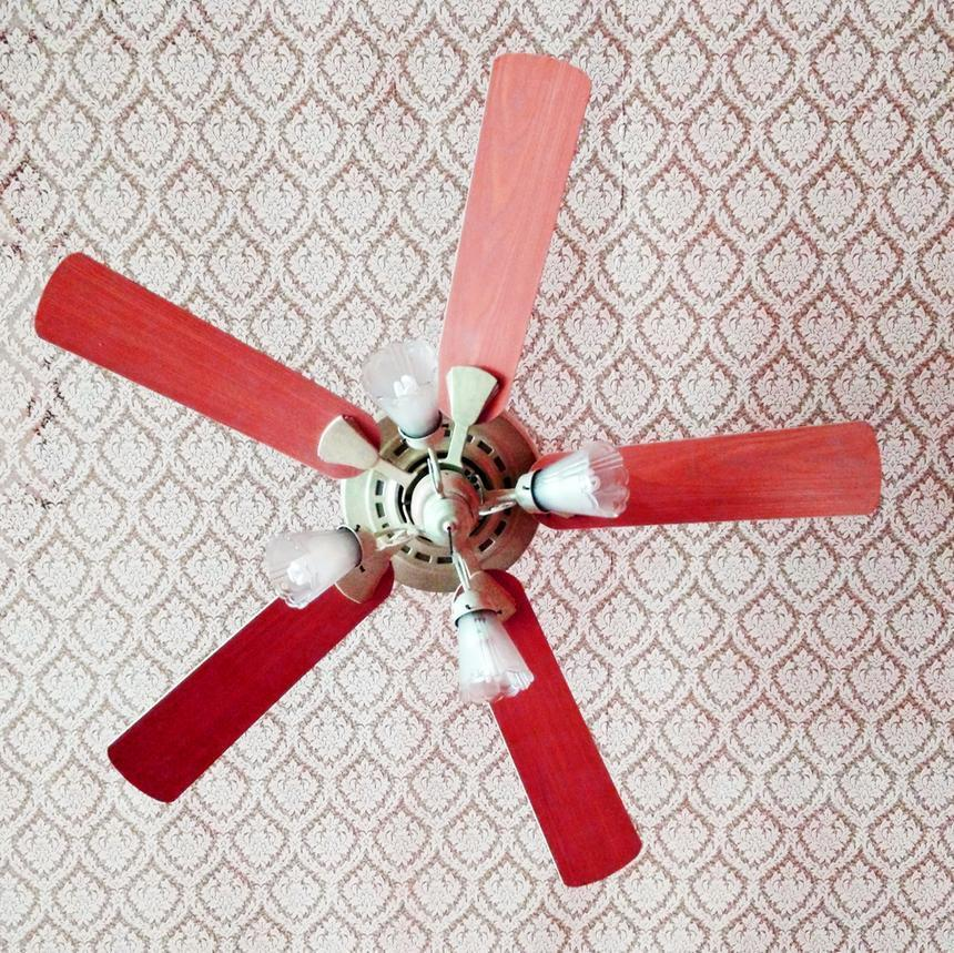 Which Way Is Clockwise On A Ceiling Fan 2 Bruin Blog
