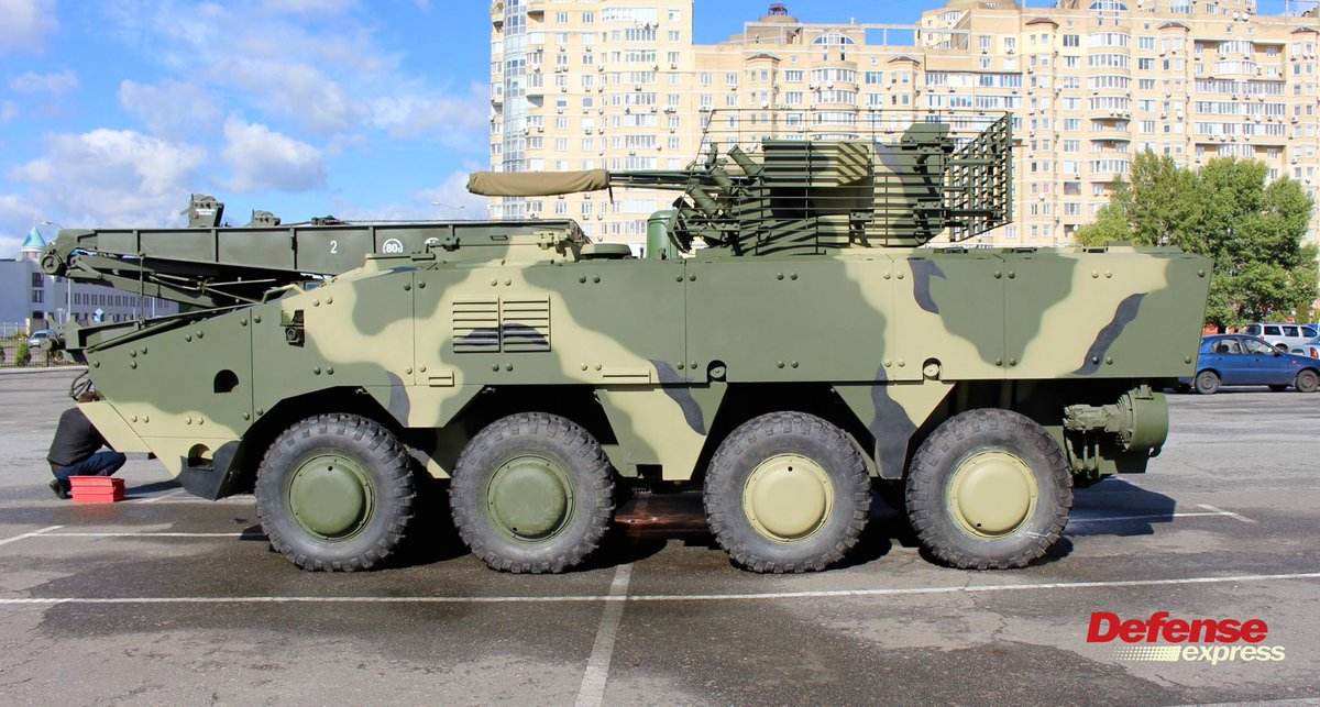 ناقلة الأفراد المدرعة BTR-4 MV1 الاوكرانيه DLysvkJX4AId96Y