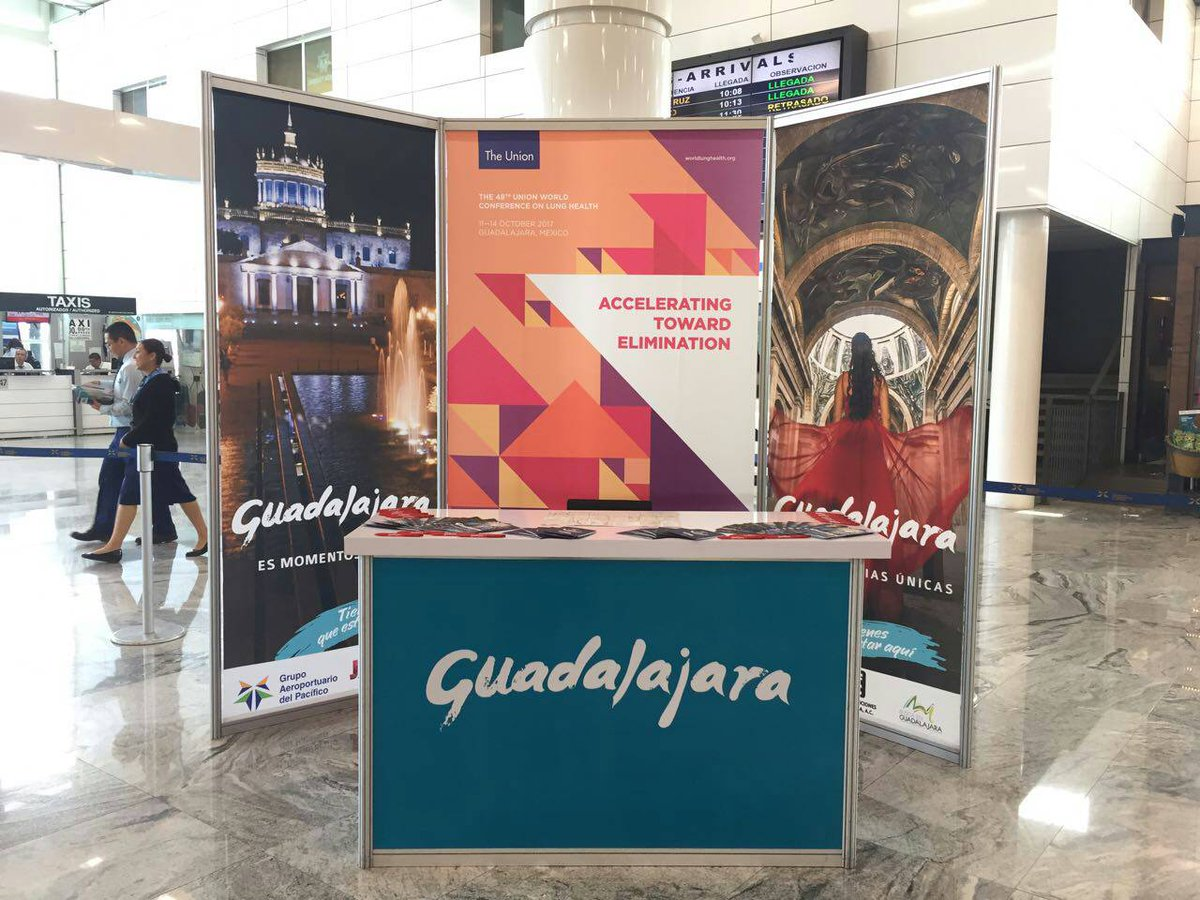 Waiting to greet you #GLD Airport! Gracias a @GuadalajaraGob for your @UnionConference support.<br>http://pic.twitter.com/gbMQl54wZW