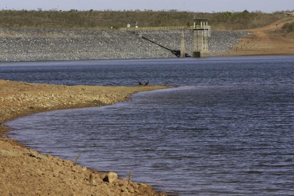 Distrito Federal convive com racionamento de água há um ano. https://t.co/1ja8Z6pGVk 📷Fabio Rodrigues Pozzebom/ABr