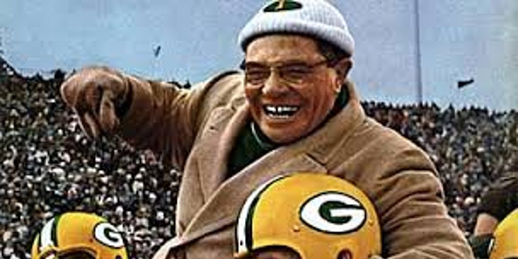 Winning is not everything, but wanting to win is. #VinceLombardi #PackersNation #NFL #Quote<br>http://pic.twitter.com/zV7f31IjVo
