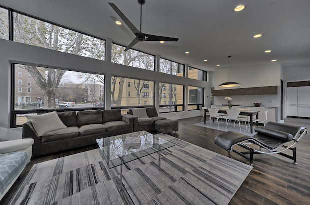 1 completed and for sale at 1 m http www chicagobusiness com realestate 20171010 cred0701 171019995 5 sharp modern houses for edgewater andersonville