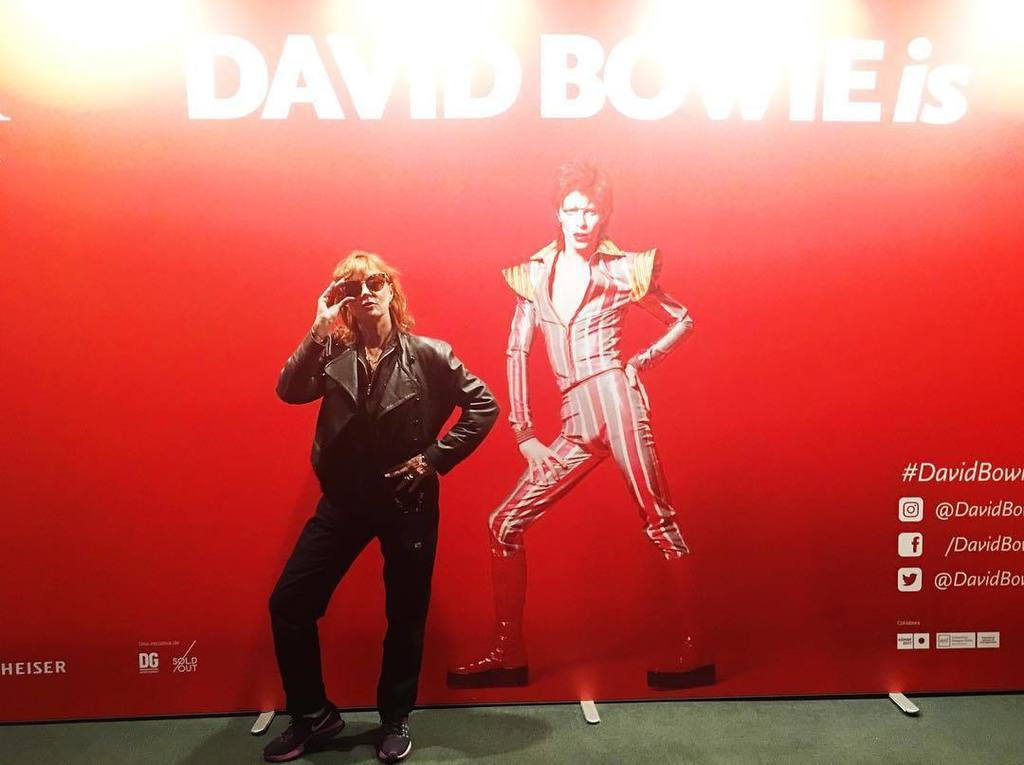 Thank you @museudeldisseny for this wonderful Bowie experience. https://t.co/EWnBUNjV2O https://t.co/rESdRlxmu7