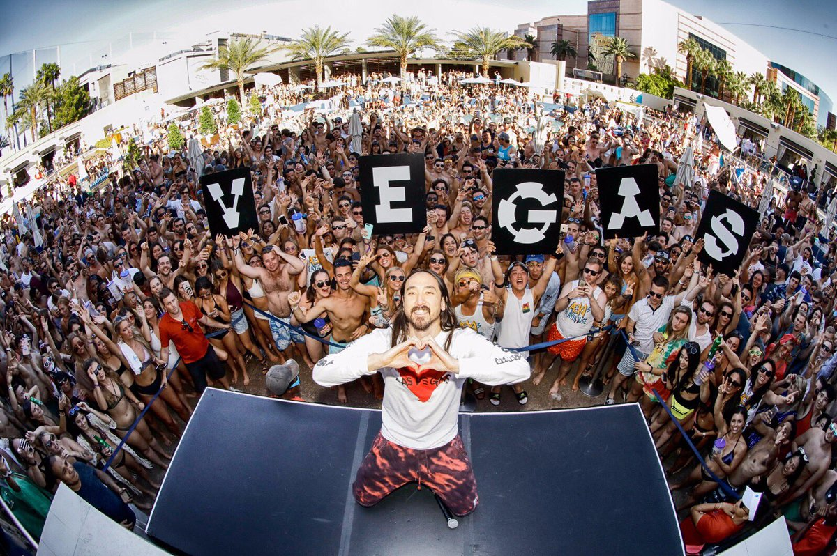 vegas wet republic hakkasan omnia drais beach club marquee tao 1oak