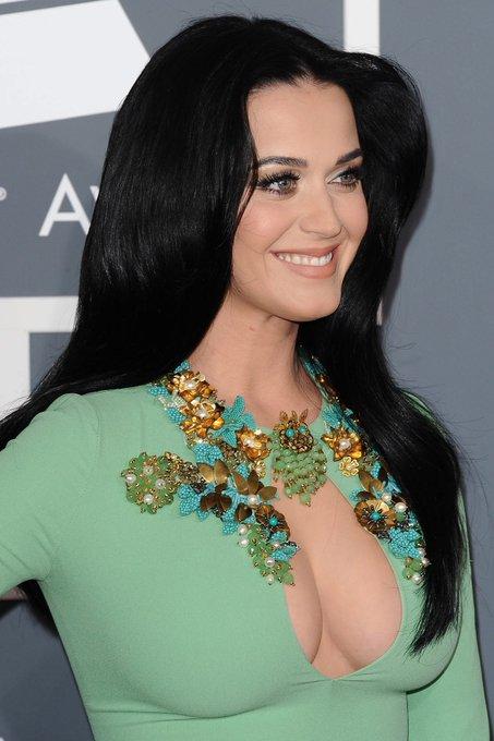 Happy Birthday to Katy Perry, she turns 33 today