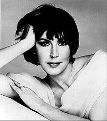 Happy Birthday to singer Helen Reddy, born Oct 25th 1941