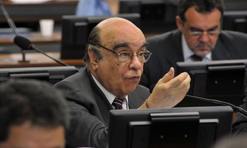 Governo libera R$ 11 milhões para escola do relator da denúncia contra Temer https://t.co/QjQXuBEqum