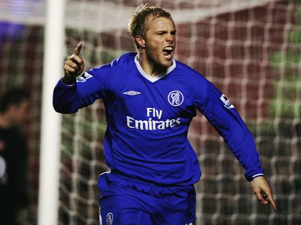 On this day: 2004 - Eidur Gudjohnsen scored a hattrick for Chelsea (vs Blackburn). #CFC #Chelsea @Eidur22Official<br>http://pic.twitter.com/OWr02UFUCV