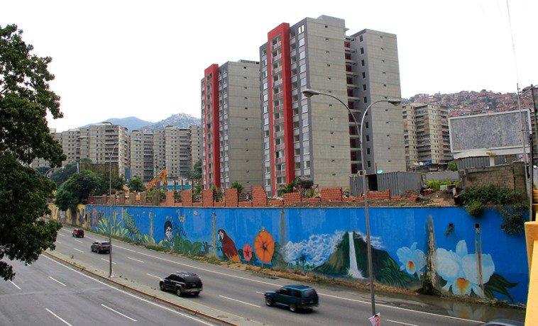 Lanzaron al vacío desde un piso 11 a asistente del alcalde de Caracas,...