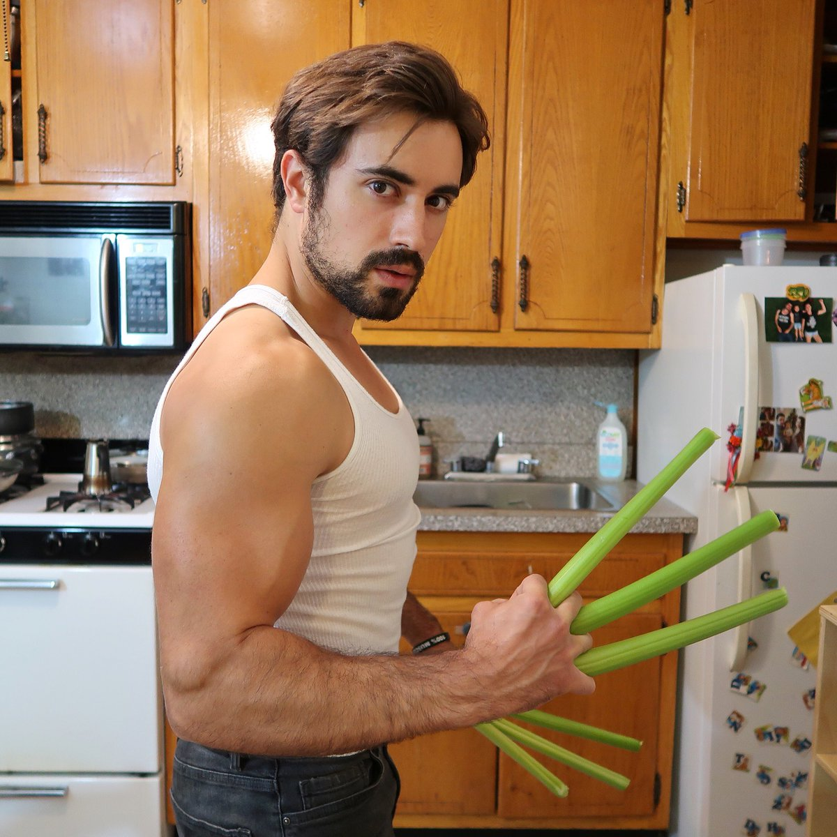 If #wolverine was #vegan  #govegan #plantbased #muscle #friendsnotfood #marvel #veganaf #crueltyfree #fit #veganfoodshare #bodybuilding<br>http://pic.twitter.com/PslG7G6XzJ