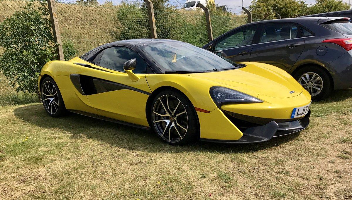 McLaren 570 S Spider #McLarenMonday #McLaren #Supercar<br>http://pic.twitter.com/G0OTtEsXGn