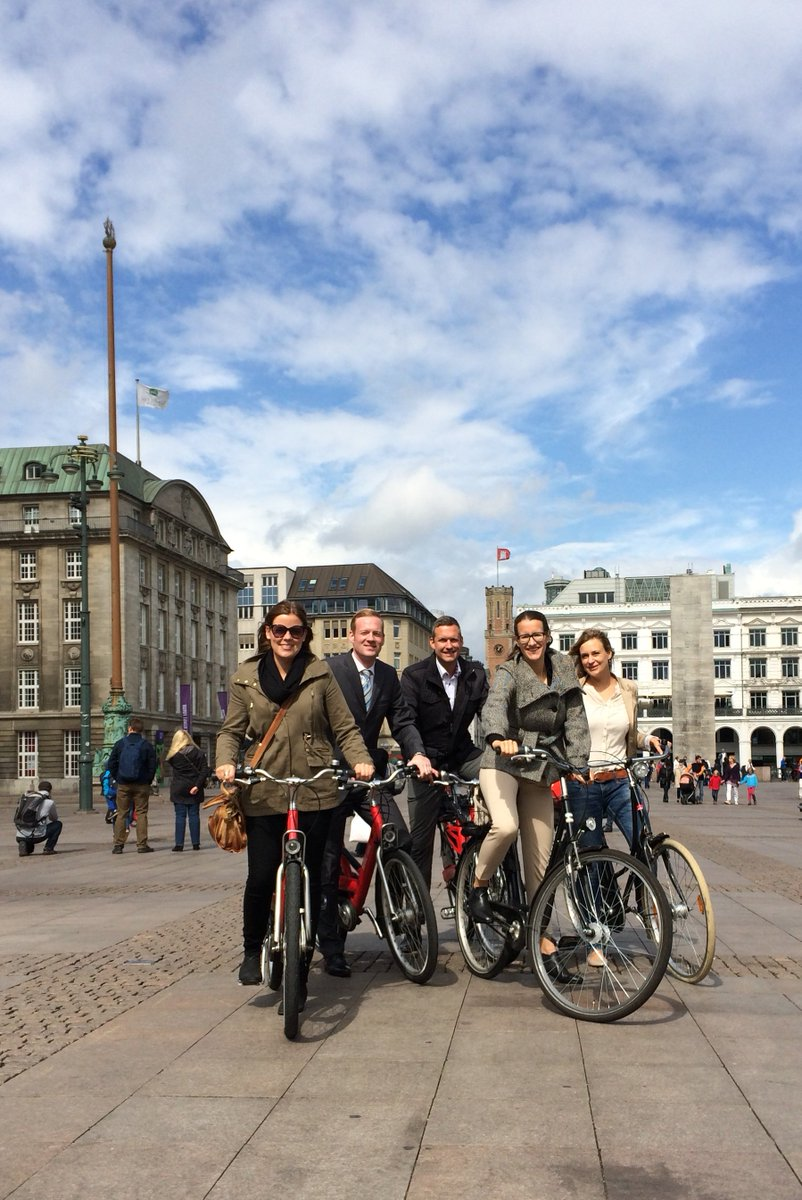 Bycycle Friendly Cities Index 2017 - Top20  #Hamburg is ranked 17 out of 20 mostly European cities  http:// copenhagenize.eu/index/  &nbsp;   #liveableHamburg<br>http://pic.twitter.com/NBUk5S5FnC