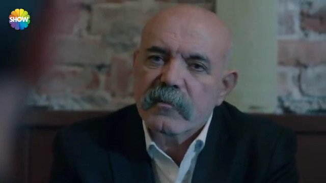 'Benim mahallemde bu iş olmaz!' #çukur  İdris Koçovalı, Vartolu'nun te...