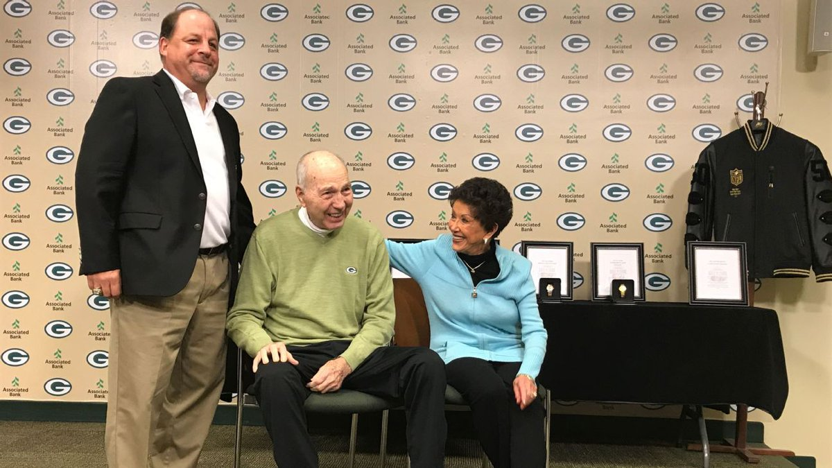 Bart Starr's trip to Green Bay his last, wife says https://t.co/ctT7LH...