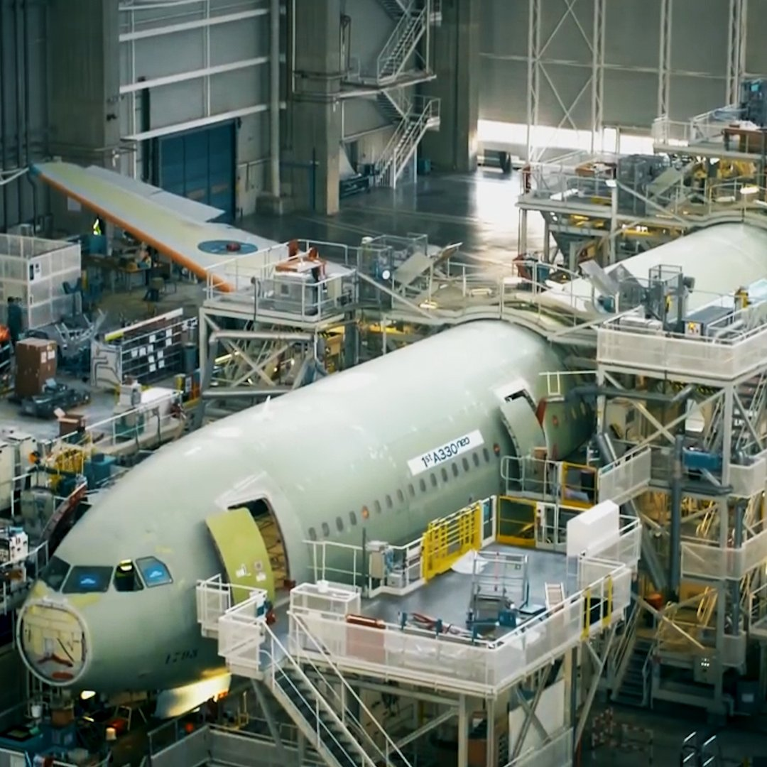 Watch a massive Airbus 330 come together like Legos https://t.co/G7kHz...