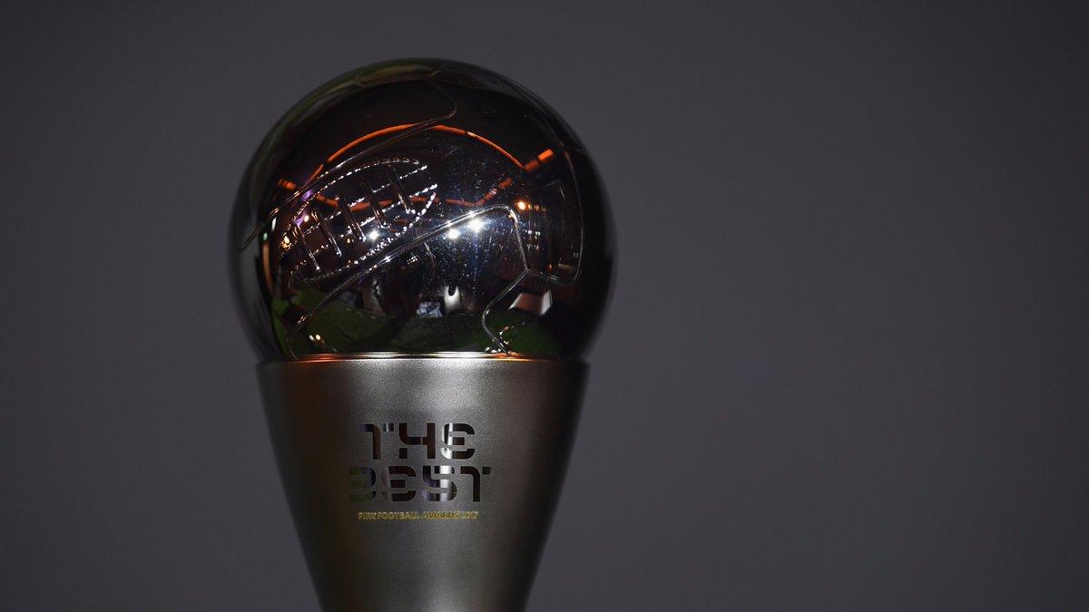 Роналду будет признан лучшим игроком года вмире поверсии ФИФА