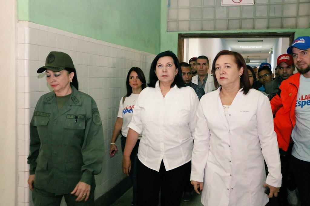 Gobernadora de Lara designó nuevas autoridades de Salud https://t.co/E...