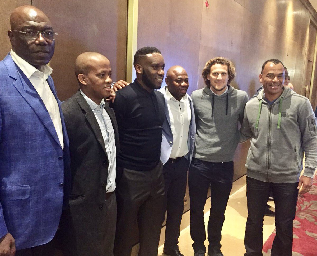 Thomas N'Kono representa al #RCDE en els premis 'The Best' de la FIFA:...