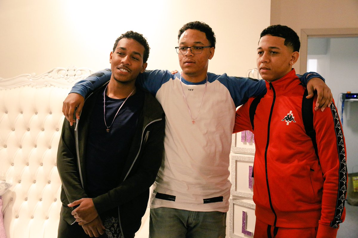 Lil Bibby On Twitter Friends Come And Go But Family Is Forever
