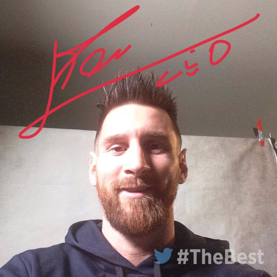 📸🇦🇷 #LionelMessi is here! #TheBest https://t.co/9wZJDugCAW