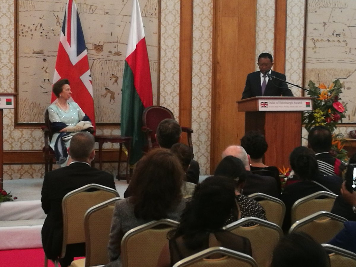President of the Republic of #Madagascar to HRH Princess Anne : &quot;I feel very honoured to welcome you&quot;. <br>http://pic.twitter.com/zDrJKLcCnS