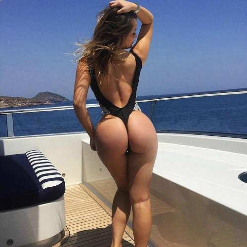 Free Big Butts Pics and Huge Booty Ass Porn