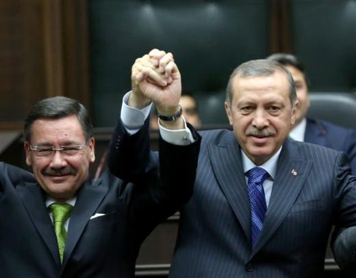 Ankara Büyükşehir Belediye Başkanı Melih Gökçek, Cumartesi günü istifa...