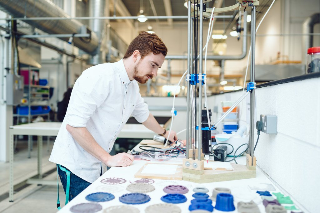 Continuing the Manufacturing Revolution with 3D Printing  http:// okt.to/UpyFTI  &nbsp;   #clouderp #erp #rootstock #salesforce #3dPrinting<br>http://pic.twitter.com/ywAll1PrFI