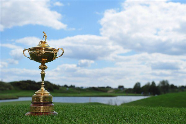 #Golf fans, join us at @StPancrasInt on Thursday to #selfie with the @rydercup!! Trophy available: 07:00-10:00 &amp; 14:00-19:00 <br>http://pic.twitter.com/1aokhiqb21