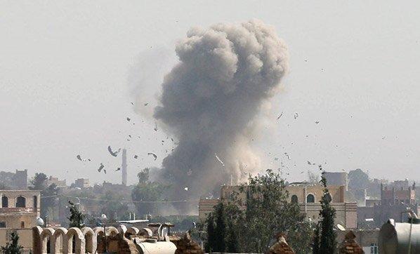 Güney Yemen'de intihar saldırısı! 4 güvenlik görevlisi öldü, 9'u yaral...