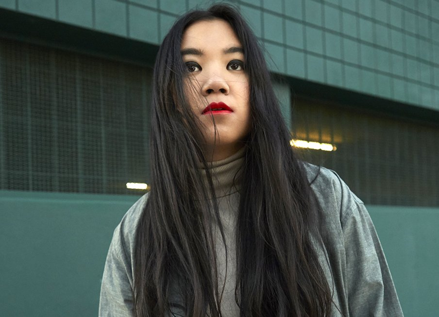 Next Big Thing? Getting to Know Viet-American Songstress Trace #ultra #Vietnam  #dancemusic #lykkeli  https:// bbook.com/arts-culture/n ext-big-thing-getting-know-viet-american-songstress-trace/ &nbsp; … <br>http://pic.twitter.com/ptaiYK0vuG