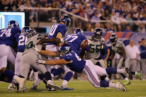 Takeaways from yesterday&#39;s #GiantsPride  loss.   Is it time to think about life after Eli? @LWOS_NYGiants    http:// lastwordonprofootball.com/2017/10/23/wee k-seven-new-york-giants-takeaways/ &nbsp; … <br>http://pic.twitter.com/zLp4Tbe5Vs
