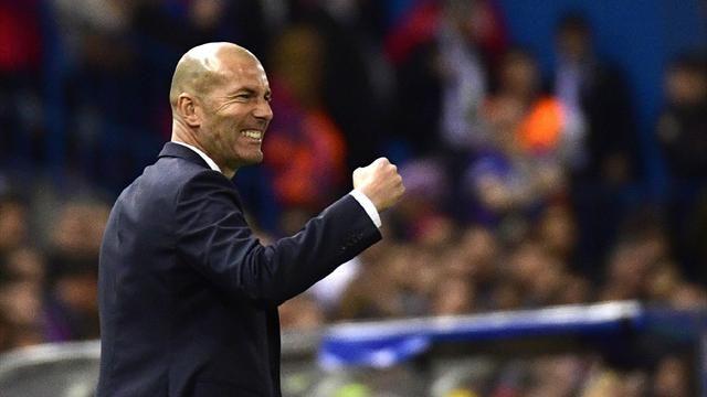 Zinedine Zidane est élu coach de l'année 2017 ! https://t.co/TIX0c1A7D...