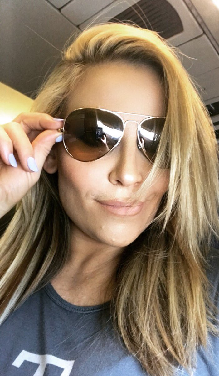 One more drive on this 18 hour travel day... and it's #UnbreakableMonday, Baby! Grab a coffee, throw some fancy shades on and OWN the day! ☕️😎