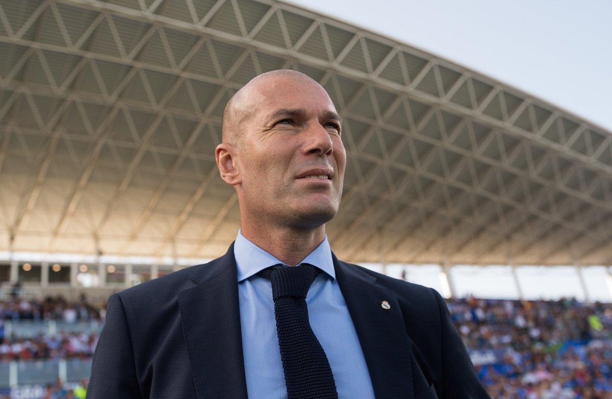 Zinedine Zidane: o MELHOR treinador do mundo! #MelhoresDoMundo https:/...