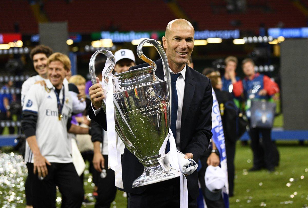 The 2017 best Fifa men's coach is...  Zinedine Zidane 🏆👏🙌  More: https...