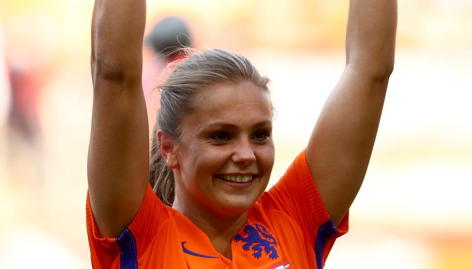 Lieke Martens, la jugadora del Barça, gana el premio a Mejor Jugadora...