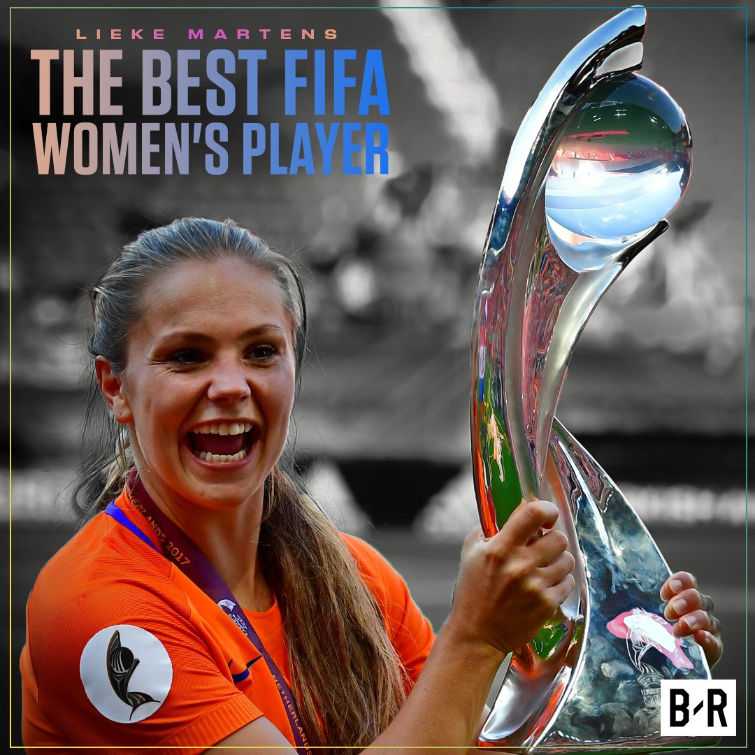 Lieke Martens wins the Best Women's Player at FIFA's #TheBest Awards 🇳...