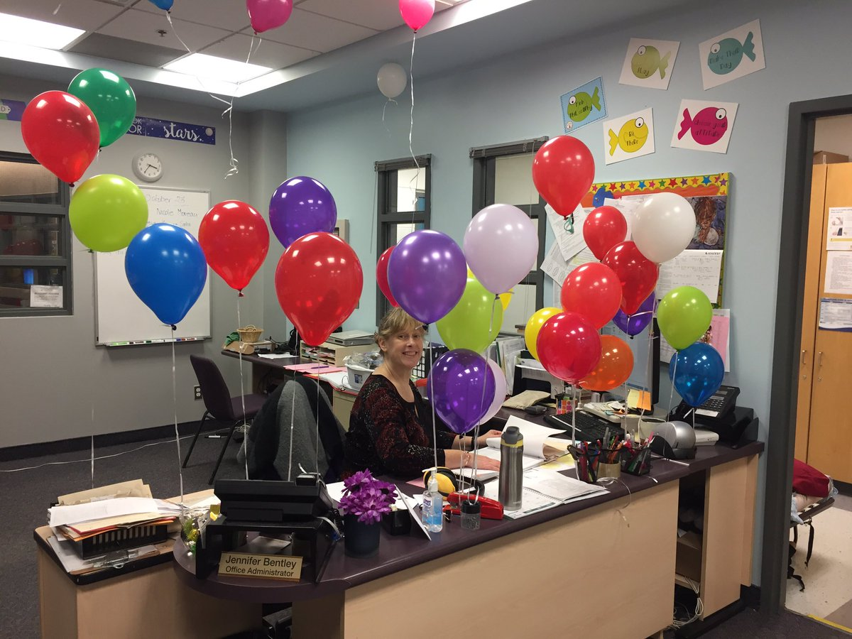 Hmmm, there seems to be a birthday in the office today... Wishing the wonderful Mrs. Bentley a happy 29th birthday!!!! #balloons <br>http://pic.twitter.com/REJQl82t9s
