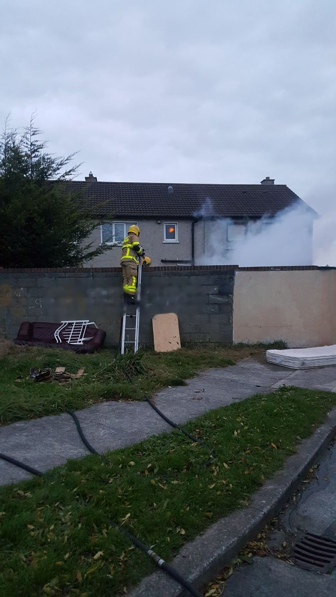 A bonfire stockpile fire was dealt with last night in #Clondalkin. Remember you can call your local council for bonfire removal #Dublin <br>http://pic.twitter.com/MjqL1rxpYN