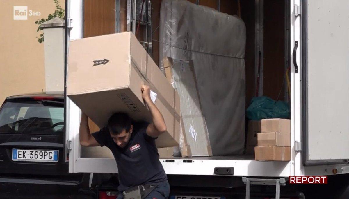 Cooperative logistica: sei andato al sindacato? Stipendio ridotto a 90...