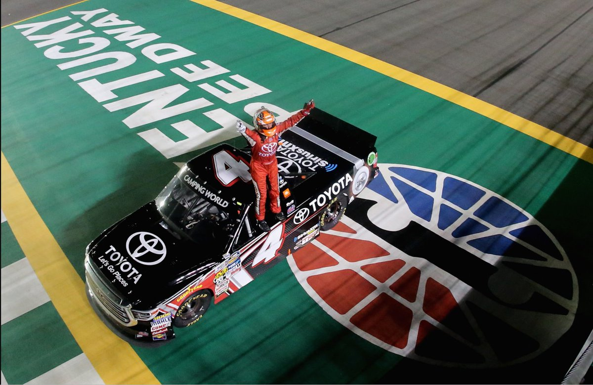 From cutting costs to suggesting changes to biz model, #NASCAR industry sorting out future of Xfinity, Truck series — http://www. sportsbusinessdaily.com/Journal/Issues /2017/10/23/Leagues-and-Governing-Bodies/NASCAR-series.aspx &nbsp; … <br>http://pic.twitter.com/xDq4meSuzK
