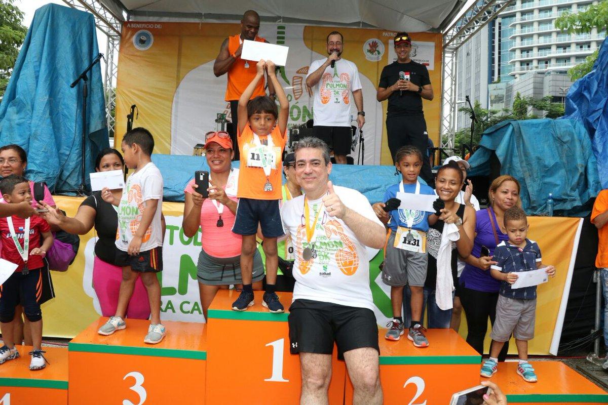 RT MINSA_Panama: Más de mil personas participan de Carrera/Caminata #A...