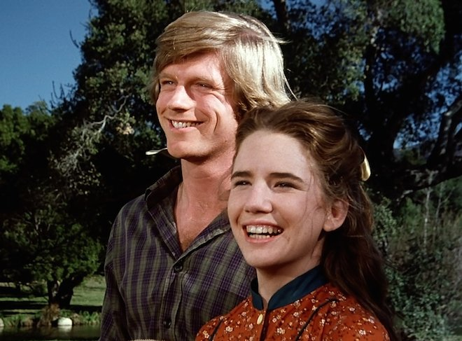 Get home, get settled in, and turn on #WIWNTV channel 68.1 @COZITV for your #Classic programming!!! 4p Little House on the Prairie 6p The Munsters 7p Frasier 9p Will and Grace #FreeTV #SitBackAndRelax<br>http://pic.twitter.com/5IzCorM8Je
