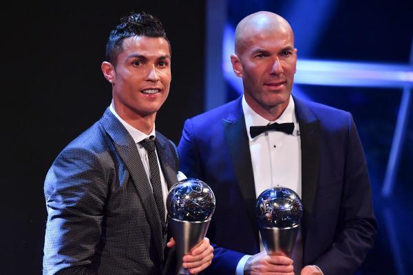 #رياضة | جوائز «#فيفا»: #رونالدو وزيدان...