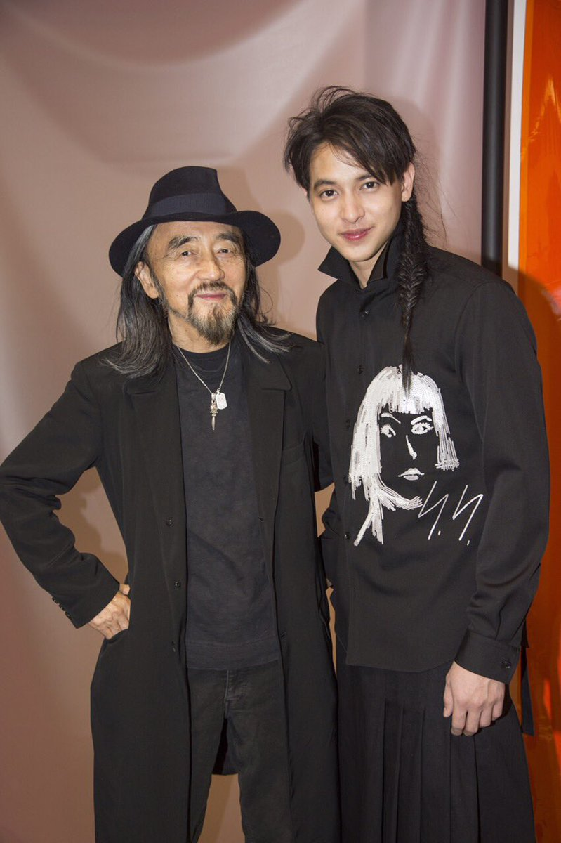 Good morning   #yohjiyamamoto #Paris Fashion Week #men'sfall2016 #jirayu_jj<br>http://pic.twitter.com/Sccct8SHp7