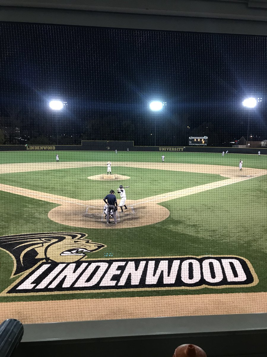 Beautiful night for an intrasquad under the lights #Pride <br>http://pic.twitter.com/ruzevrFeYy &ndash; à Lou Brock Sports Complex - Lindenwood University